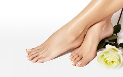 Säännöllinen jalkojen hoito ennaltaehkäisee jalkavaivoja